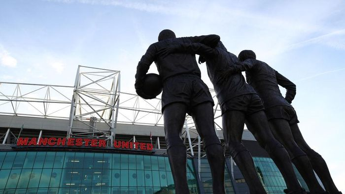 MANCHESTER, ENGLAND - APRIL 04:  General view outside the stadium prior to the Premier League match between Manchester United and Everton at Old Trafford on April 4, 2017 in Manchester, England.  (Photo by Clive Brunskill/Getty Images)