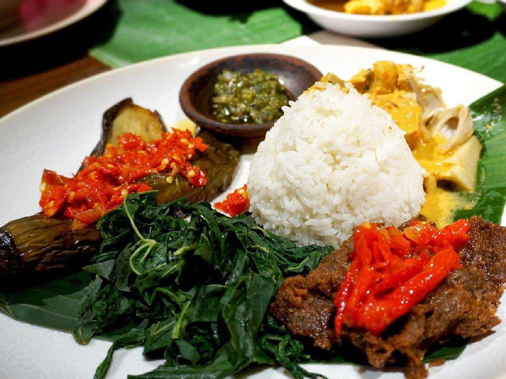 Ini 10 Makanan Enak yang Bikin Ngidam dan Gagal Diet