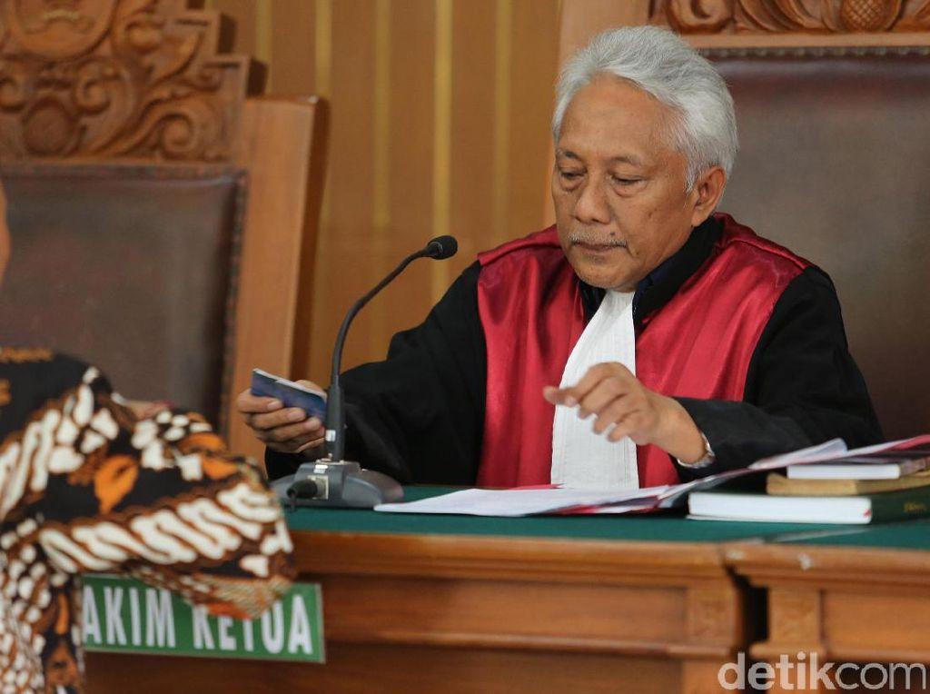 Ini Kejanggalan Praperadilan Novanto Menurut KPK