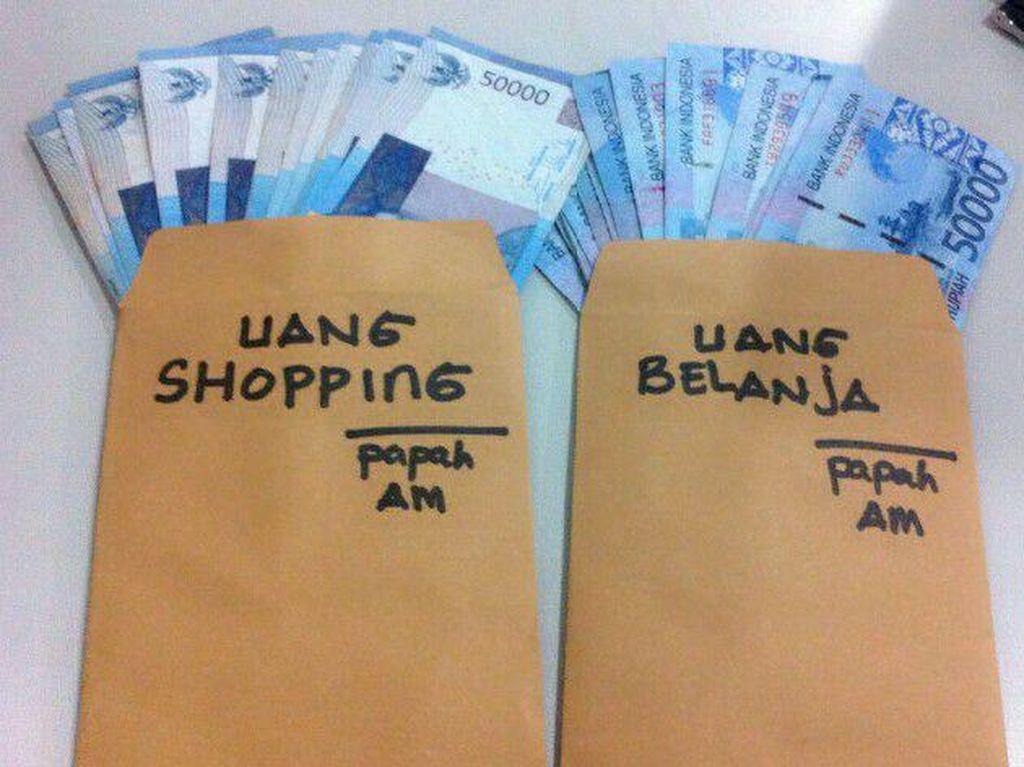 85% Netizen Setuju Uang Nafkah dan Uang Belanja untuk Istri Dibedakan