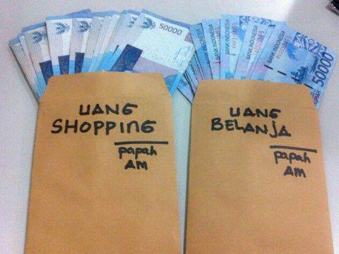 Viral, Postingan Pria Ungkap Beda Uang Nafkah dan Uang Belanja Untuk Istri