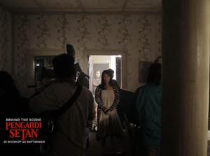 Bagi Tara Basro, Ayu Laksmi Bawa Aura Mistis di Film Pengabdi Setan