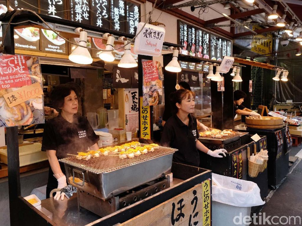 Enaknya! 10 Jajanan Pasar Ikan Tsukiji yang Bakal Bikin Kangen