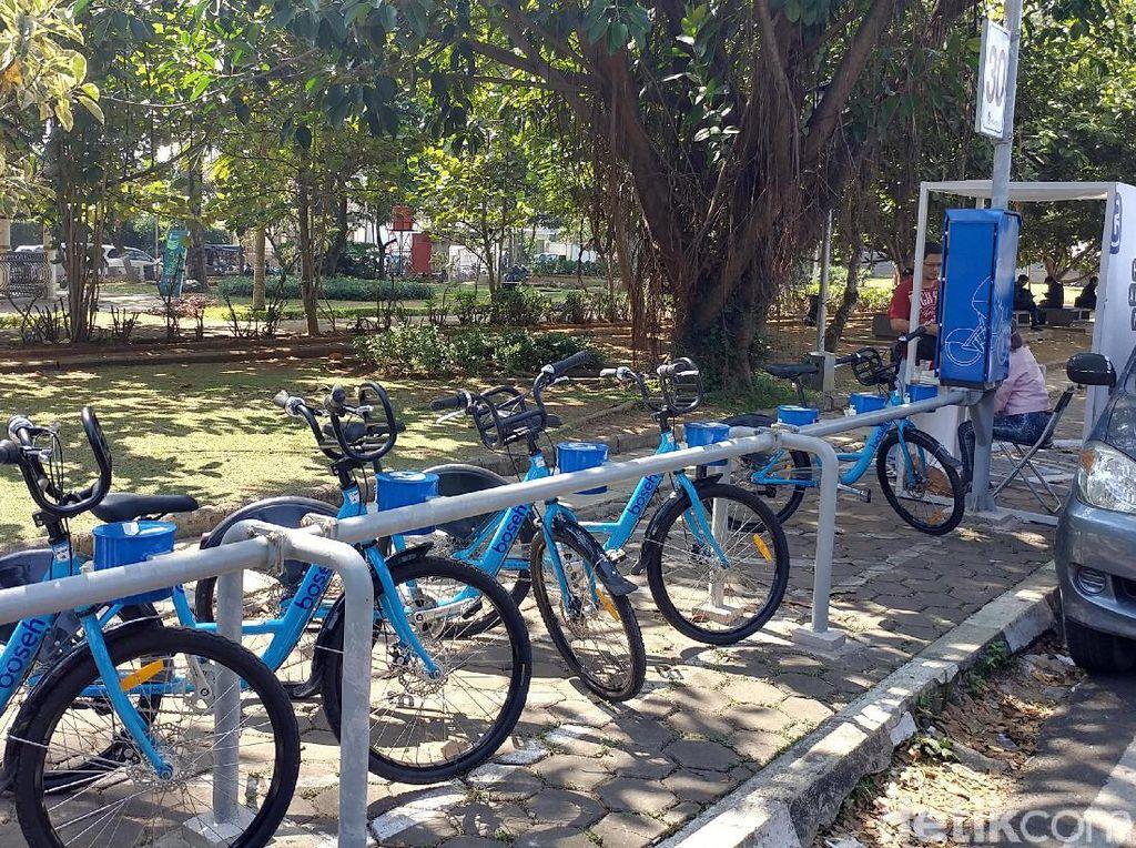 Begini Aksi Nekat Maling Bawa Kabur Sepeda BOSEH di Bandung
