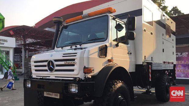 Mercedes-Benz Perkenalkan Kendaraan Lintas Segmen