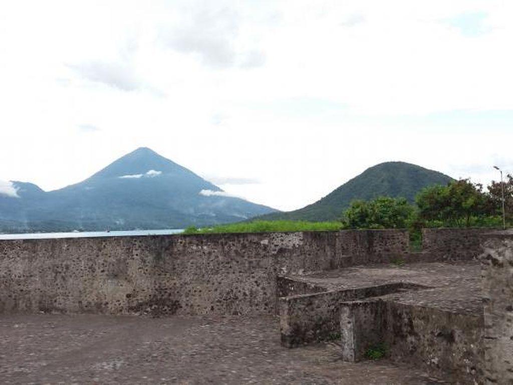 Benteng Kalamata, Jejak Bangsa Portugis di Ternate