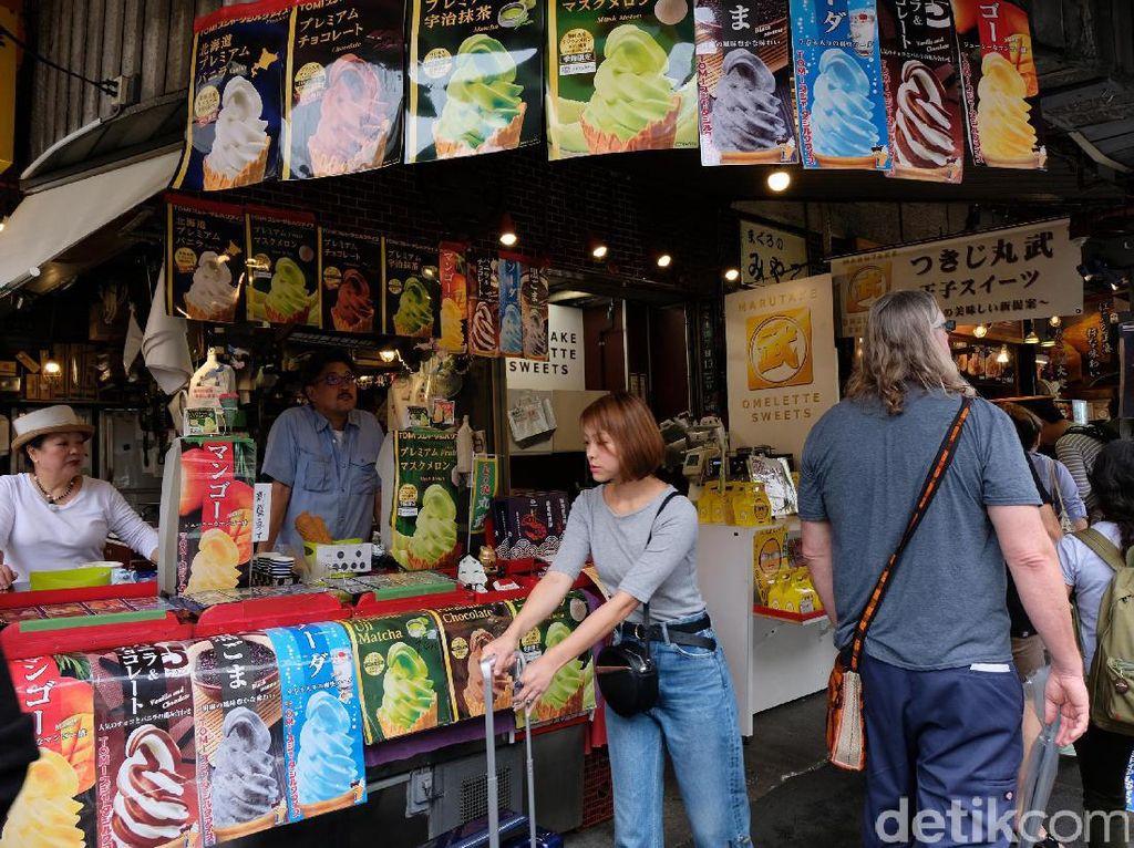 Begini Ramainya Tsukiji Fish Market, Surga Pecinta Sushi