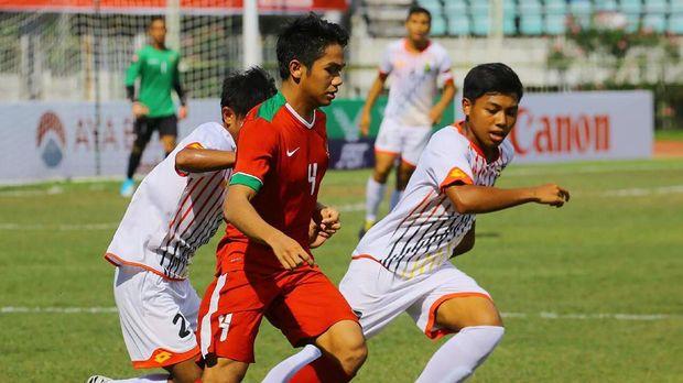 Timnas Indonesia U-19 lolos ke semifinal usai menang besar atas Brunei.
