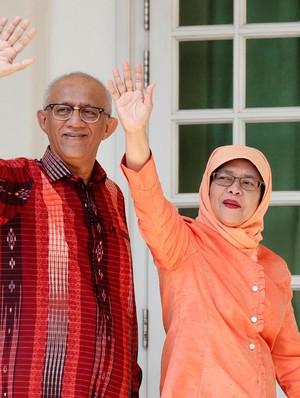 Ucapan Selamat PM Lee untuk Halimah, Presiden Wanita Pertama Singapura