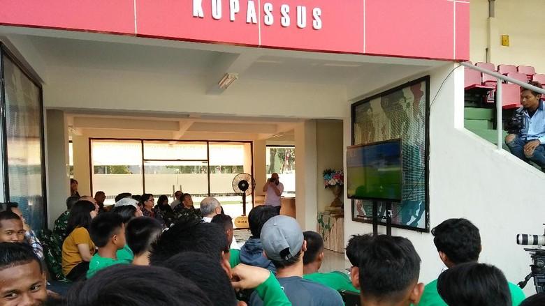 Bersama Ketum PSSI, Timnas U-16 Nobar Laga Timnas U-19 vs Brunei