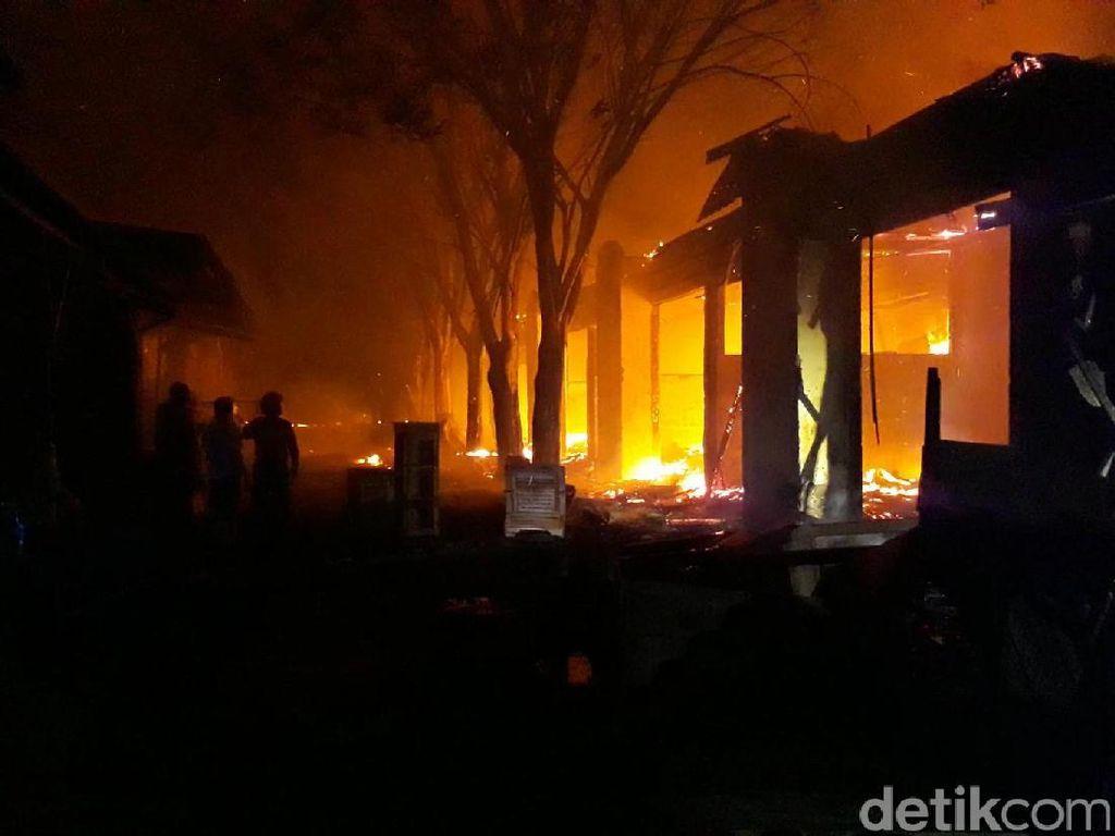 Kerugian Rp 1 Miliar, Labfor Selidiki Penyebab Kebakaran Pasar Mebel