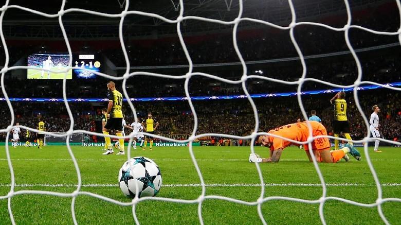 Dortmund Kalah karena Kecerobohan Lini Belakang