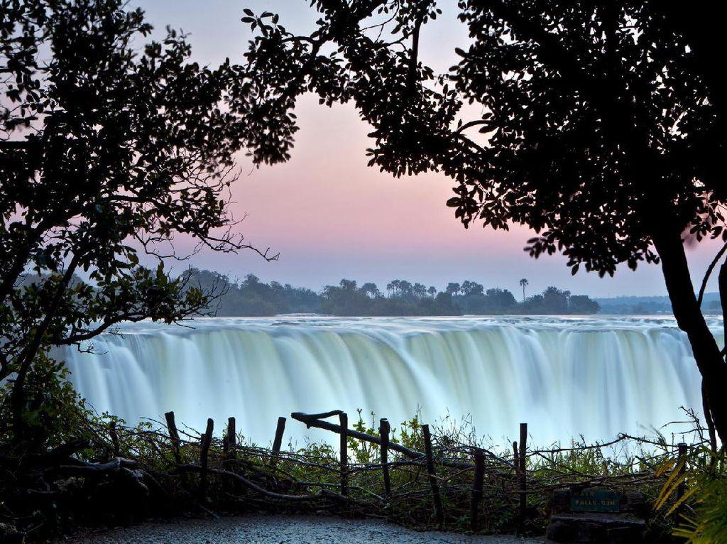6 Bulan Tutup Perbatasan, Zimbabwe Segera Sambut Turis Internasional
