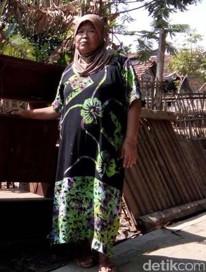 Satu Keluarga Sakit, Rumahnya Roboh Diterjang Angin di Jepara