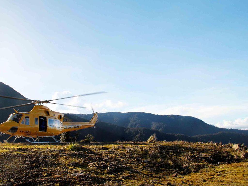 Indonesia Punya Bandara di Antara Pegunungan Salju Papua