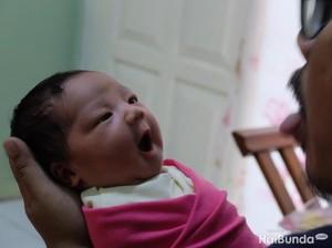 Yang Bisa Dipertimbangkan Orang Tua Sebelum Beri Nama Anak