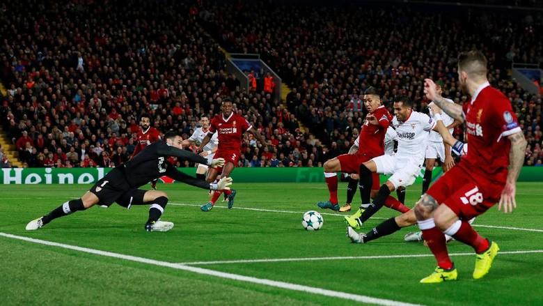 Liverpool Memimpin 2-1 atas Sevilla