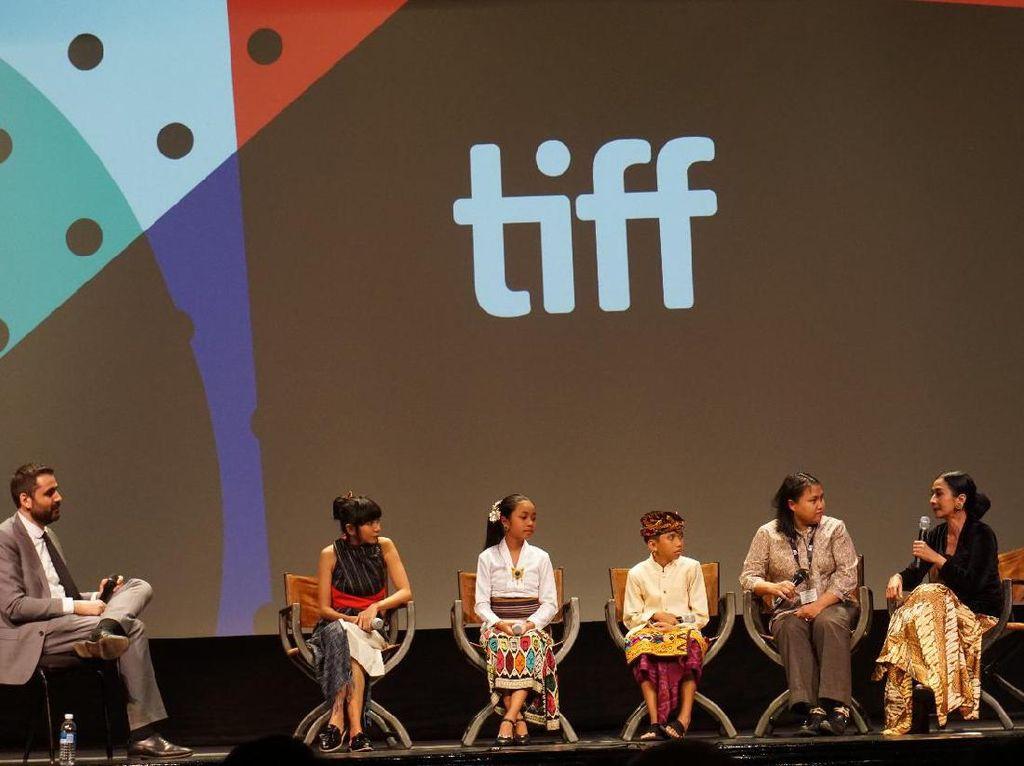 Film The Seen and Unseen Disambut Tepuk Tangan Meriah di Toronto