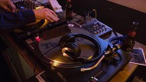 Bocah 5 Tahun Ini Raih Gelar DJ Termuda di Dunia