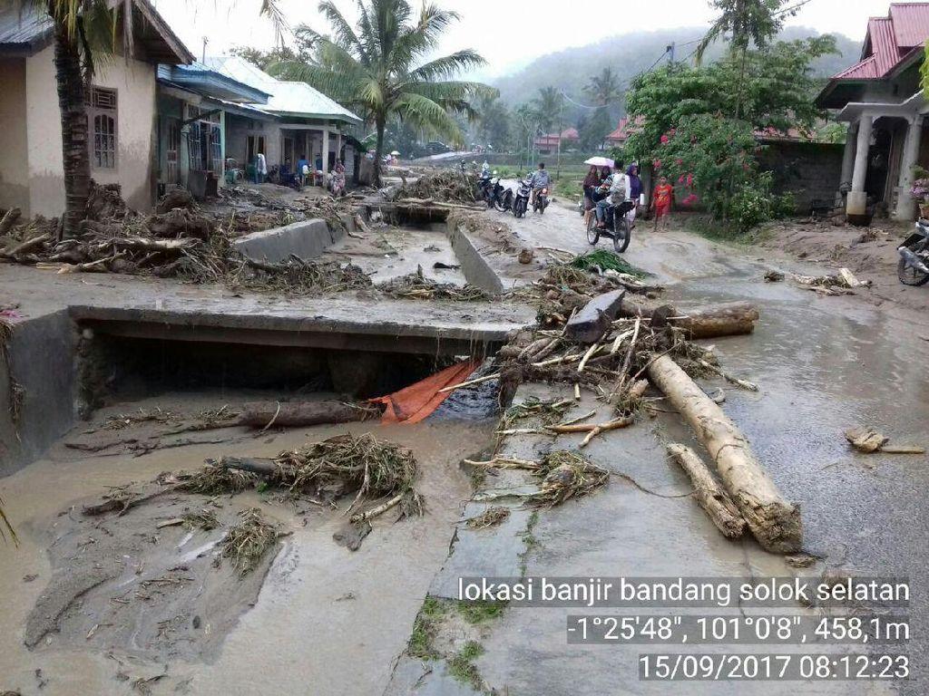 Banjir Bandang di Solok Selatan Sumbar, 138 Rumah Rusak