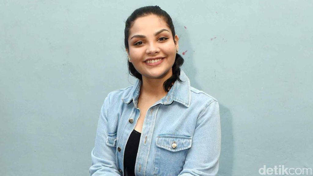 Manisnya Nadira Adnan, Cewek yang Dekat dengan Rizky Nazar