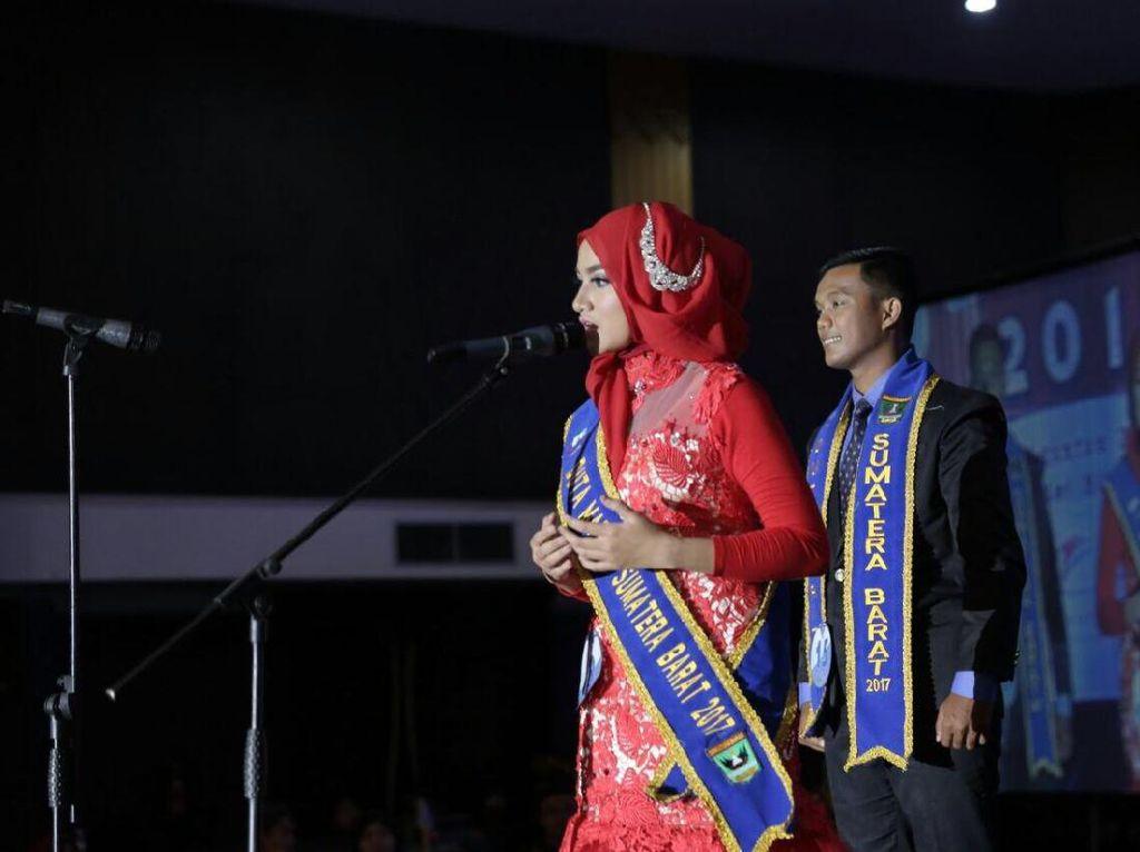 Mengenal Putri Maritim Sumbar yang Aktif di Forum Internasional