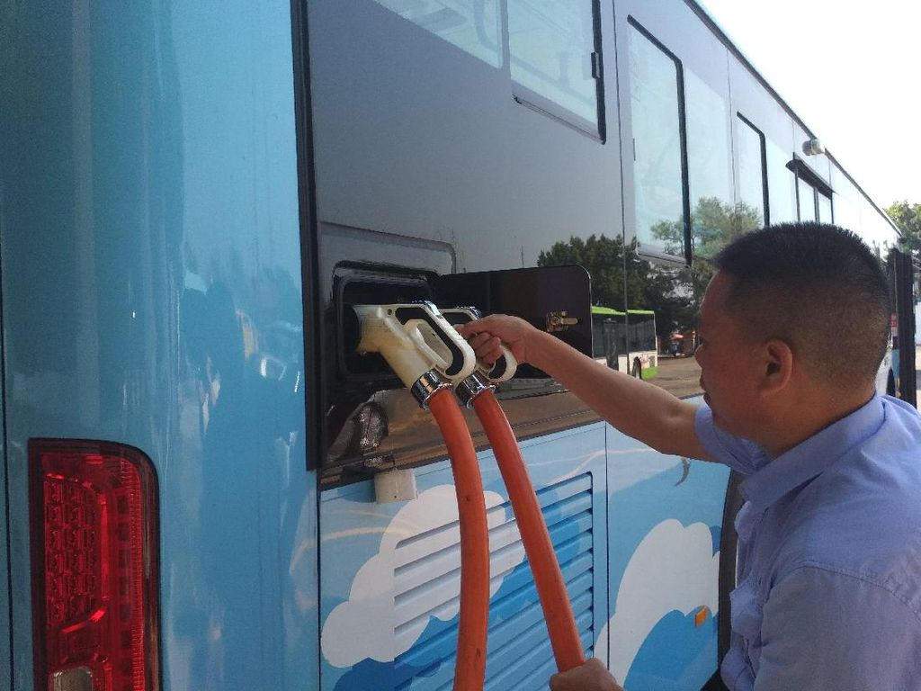 Jokowi Minta Bus Listrik di Jakarta, Ini Penampakannya di China