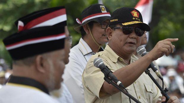 Dalam hasil jajak pendapat berbagai lembaga, Prabowo Subianto disebut memiliki elektabilitas lebih dari 20 persen.
