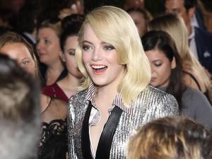 Emma Stone yang Kian Menawan