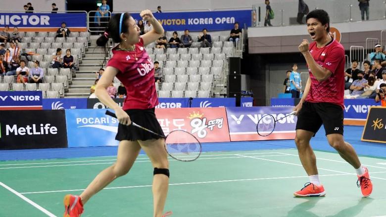 (Praveen Jordan/Debby Susanto merayakan gelar juara Korea Open Super Series 2017. dok PBSI)