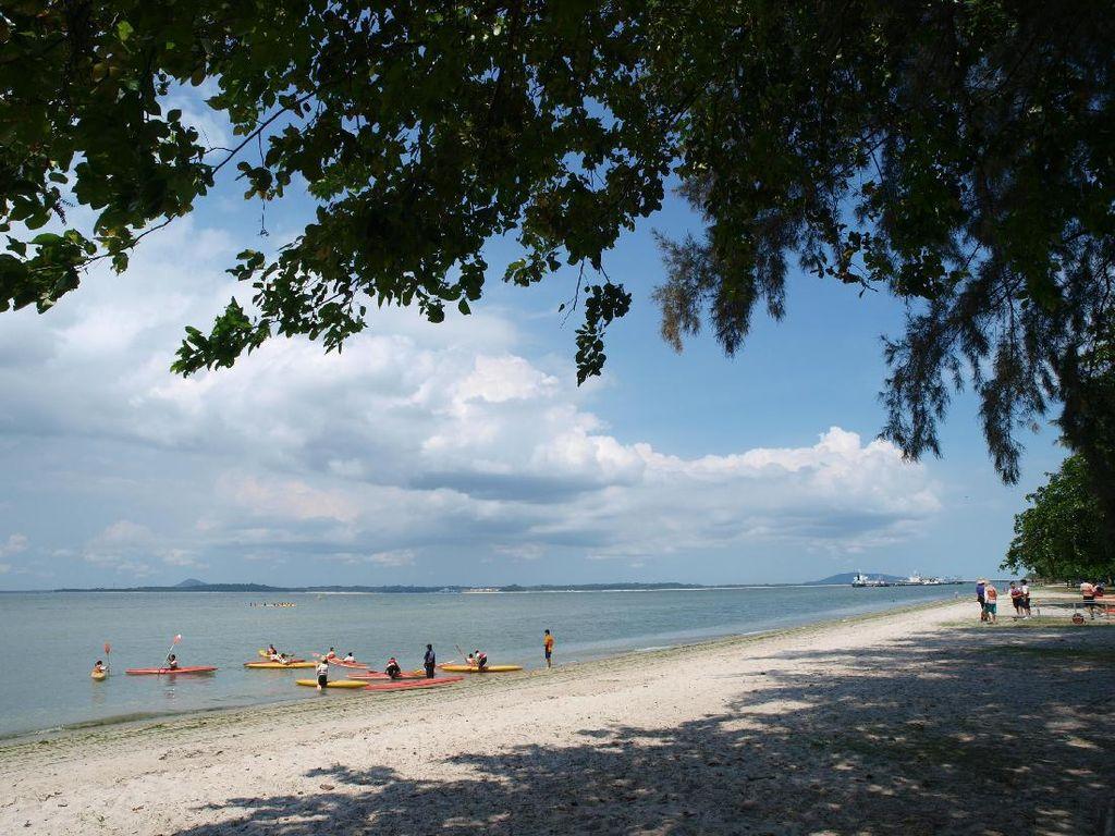 Foto: Pantai Cantik di Singapura yang Konon Berhantu