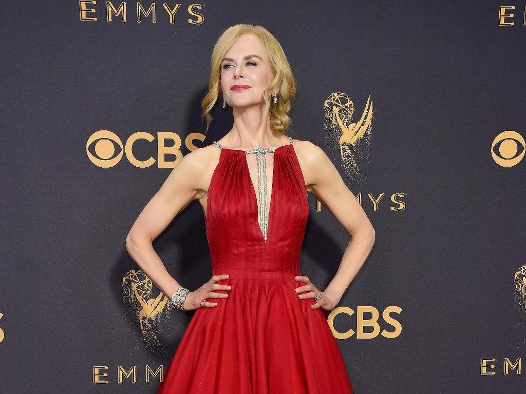 Nicole Kidman Berbagi Cara Mengatasi Kulit Kering di Usia 50