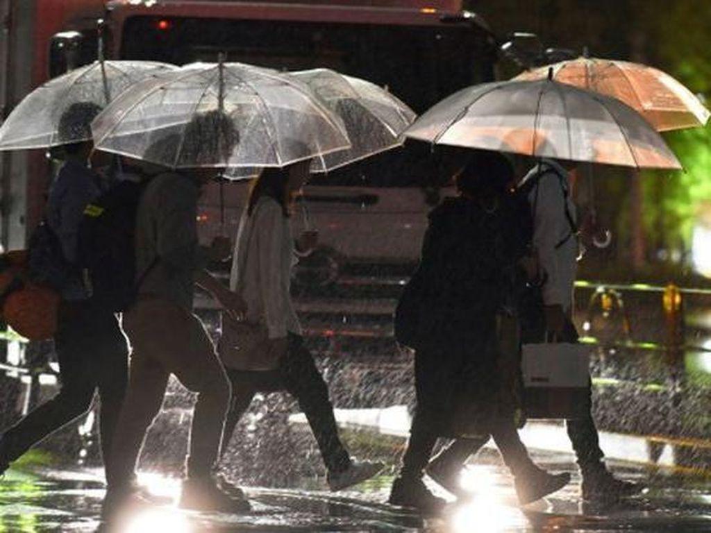 Topan Talim Terjang Jepang, 2 Orang Tewas dan 3 Orang Hilang