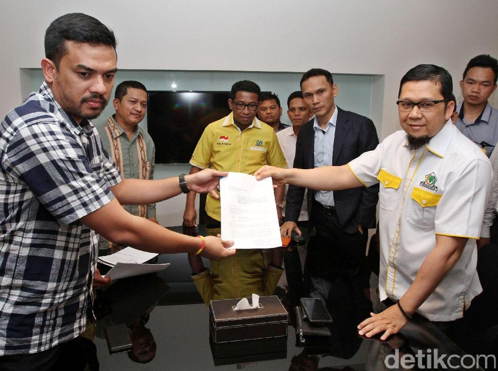 Doli Kurnia Serahkan Surat Keberatan Pemecatan ke DPP Golkar