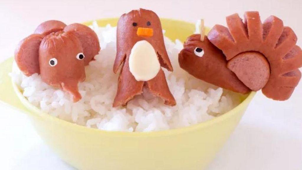 Bekal Sekolah Anak Lebih Kreatif dengan Bentuk Imut Sosis Ini!