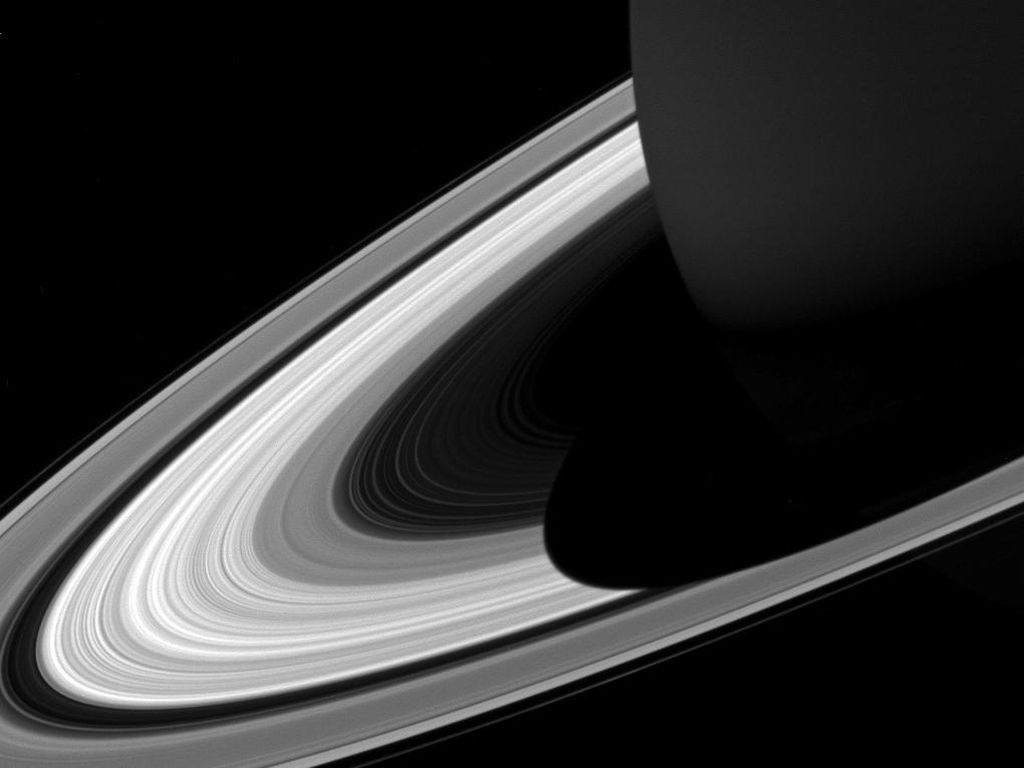 Bulan Terbesar di Saturnus Punya Cairan, Mirip Bumi?