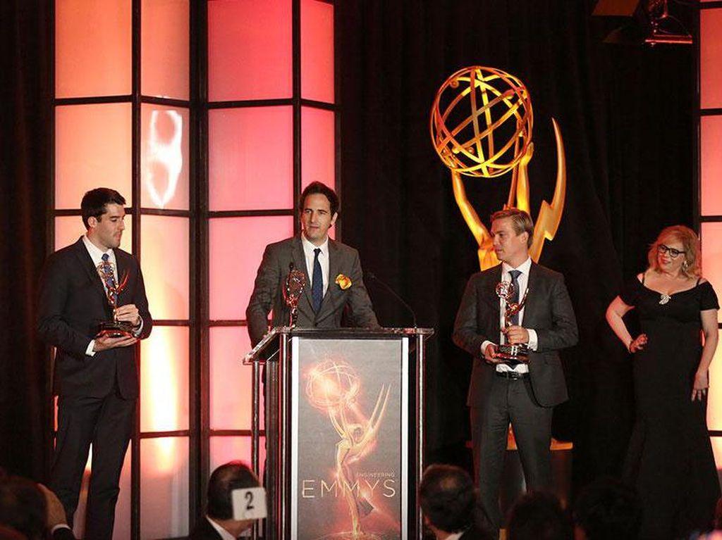 HBO Menang Besar di Emmy Awards 2017