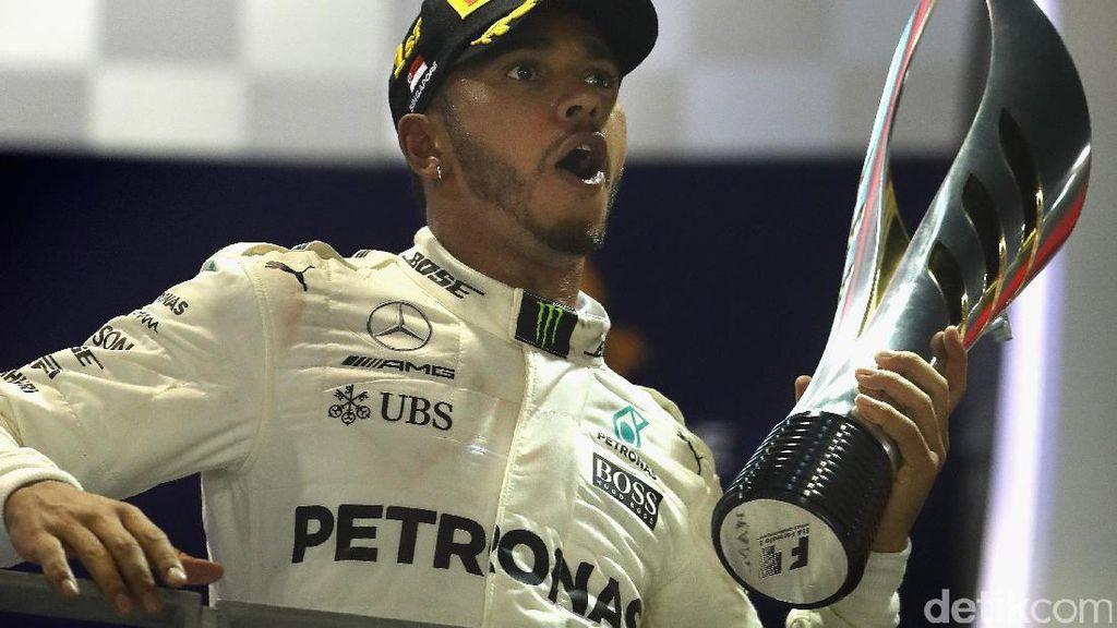 Hamilton Rayakan Kemenangan di GP Singapura Bersama Neymar