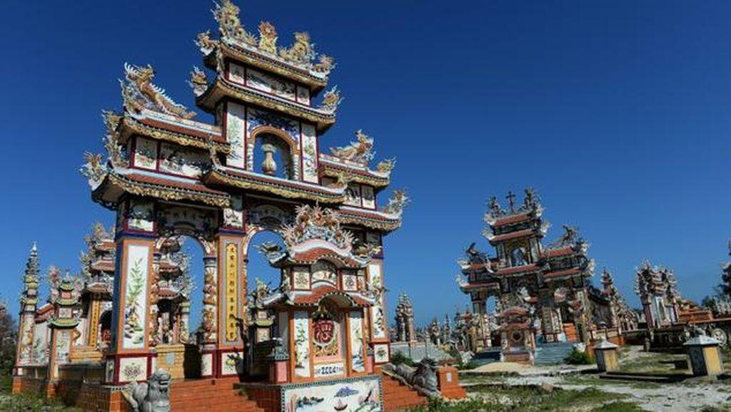 Foto: Megahnya Kuburan di Vietnam