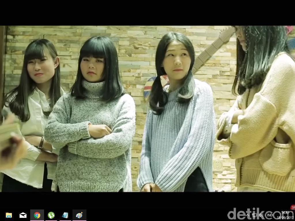 Girlband China Ini Malah Tenar Setelah Di-bully Habis-habisan