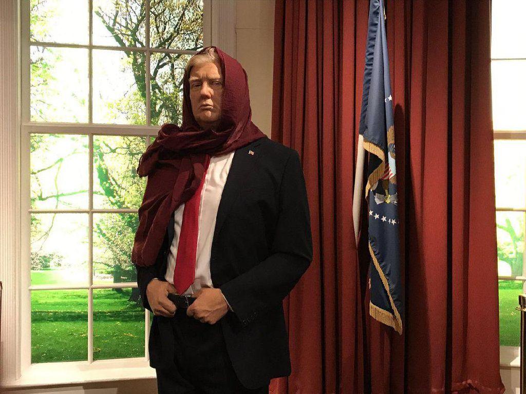 Viral, Wanita Inggris Buat Foto Donald Trump Pakai Kerudung