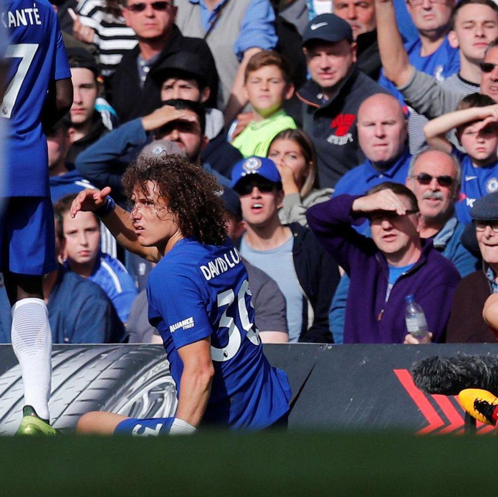 Chelsea Tak Akan Ajukan Banding Kartu Merah David Luiz