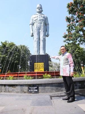 Melihat Bukti Kejamnya PKI di Monumen Gubernur Suryo