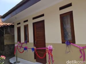 Senangnya Zainal Tukang Urut Rumahnya Direnovasi Polres Jaksel