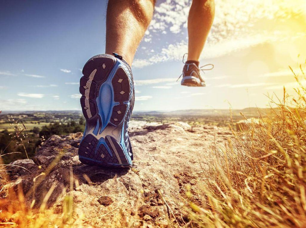 Sepanjang April RI Kebanjiran Impor Sepatu Lari