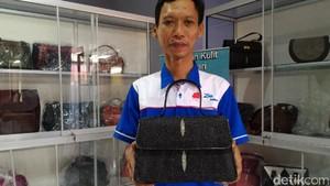 Akhirnya Tas Kulit Ikan Pari Pesanan Iriana Jokowi Rampung Digarap