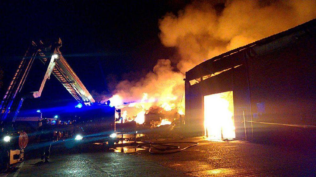 Ada Kebakaran Besar di London, 2 WNI Tak Bisa Dikontak