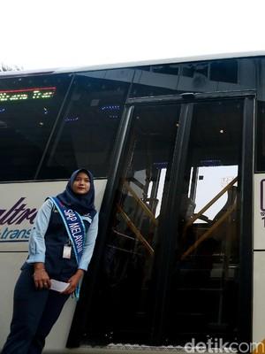 Tahap Awal TransJabodetaek Premium Beroperasi dari Bekasi