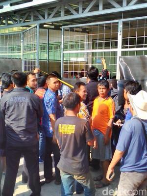 Pabrik Pil PCC di Purwokerto Berkedok Kios Air Minum Isi Ulang