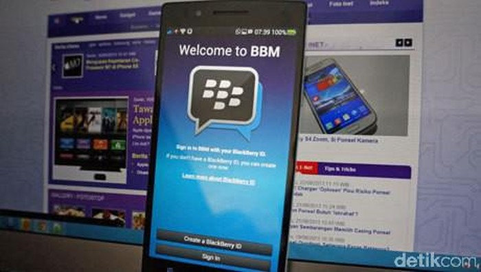 Blackberry Gugat Facebook, Whatsapp Dan Instagram